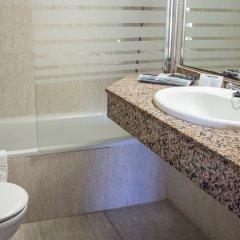 Отель Apartamentos Best Michelángelo Испания, Салоу - отзывы, цены и фото номеров - забронировать отель Apartamentos Best Michelángelo онлайн ванная