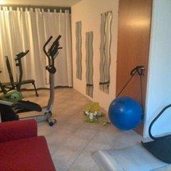 Отель Residence Il Fiore Del Garda Манерба-дель-Гарда фитнесс-зал фото 3