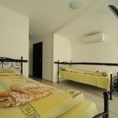 Отель Guesthouse Koliovata Kashta Боженци комната для гостей
