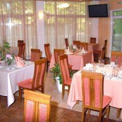 Отель Family Hotel Gabrovo Болгария, Боженци - отзывы, цены и фото номеров - забронировать отель Family Hotel Gabrovo онлайн питание