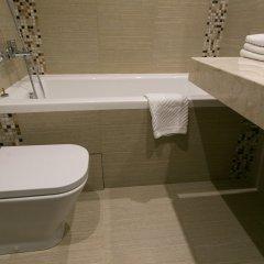 Апартаменты Arbat House Apartments on Bolshaya Nikitskaya ванная