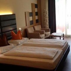 Hotel Maximilian Меран комната для гостей фото 4