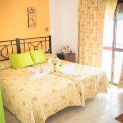 Отель Hostal Malia Испания, Кониль-де-ла-Фронтера - отзывы, цены и фото номеров - забронировать отель Hostal Malia онлайн фото 3