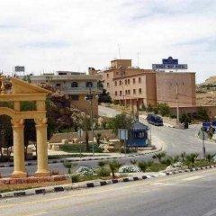 Отель Kings Way Inn Petra Иордания, Вади-Муса - отзывы, цены и фото номеров - забронировать отель Kings Way Inn Petra онлайн городской автобус