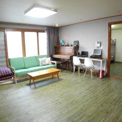Отель Campfire Guesthouse комната для гостей фото 5