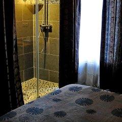 Отель Hôtel des Buttes Chaumont комната для гостей