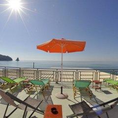 Отель The Pink Palace Корфу пляж