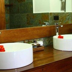 Отель Gangehi Island Resort ванная фото 2