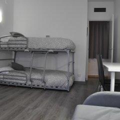 Отель Aparthotel Atenea Calabria Испания, Барселона - 12 отзывов об отеле, цены и фото номеров - забронировать отель Aparthotel Atenea Calabria онлайн комната для гостей фото 3