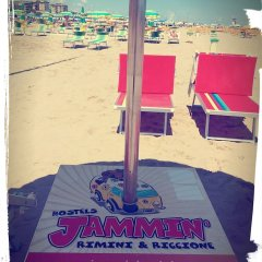 Jammin' Hostel Rimini пляж