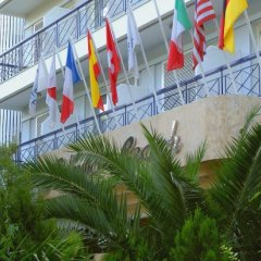 Palmyra Beach Hotel парковка
