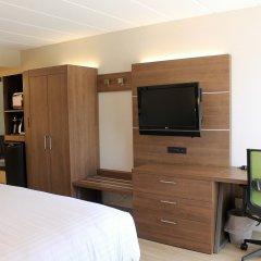 Отель Holiday Inn Express & Suites Charlottetown удобства в номере