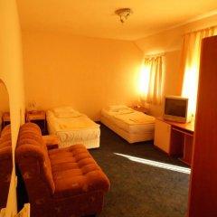 Отель Amigos - Full Board Болгария, Аврен - отзывы, цены и фото номеров - забронировать отель Amigos - Full Board онлайн детские мероприятия