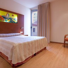 Отель Checkin Valencia комната для гостей фото 2