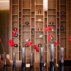 Отель AETAS lumpini сейф в номере