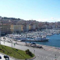Отель Escale Oceania Marseille Vieux Port городской автобус