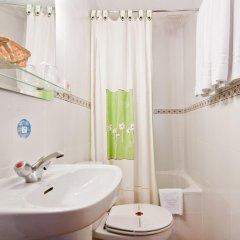 Отель Hostal Oporto Испания, Мадрид - 2 отзыва об отеле, цены и фото номеров - забронировать отель Hostal Oporto онлайн ванная