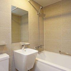 Отель Itaewon Crown hotel Южная Корея, Сеул - отзывы, цены и фото номеров - забронировать отель Itaewon Crown hotel онлайн ванная