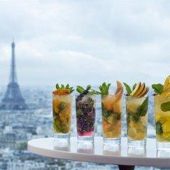 Отель Hyatt Regency Paris Etoile Франция, Париж - 11 отзывов об отеле, цены и фото номеров - забронировать отель Hyatt Regency Paris Etoile онлайн бассейн фото 2