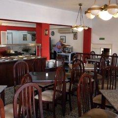 Отель Hostal Alcina питание фото 3