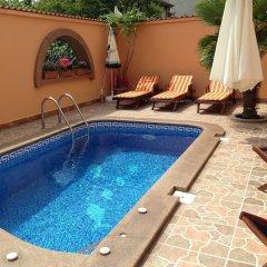 Hotel Hit бассейн