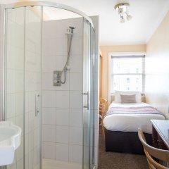 Отель New Steine Hotel - B&B Великобритания, Кемптаун - отзывы, цены и фото номеров - забронировать отель New Steine Hotel - B&B онлайн ванная