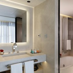 Отель ABaC Restaurant & Hotel Испания, Барселона - отзывы, цены и фото номеров - забронировать отель ABaC Restaurant & Hotel онлайн ванная