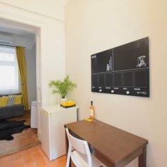 Отель Standard Apartment by Hi5 - Chainbridge Венгрия, Будапешт - отзывы, цены и фото номеров - забронировать отель Standard Apartment by Hi5 - Chainbridge онлайн комната для гостей фото 5