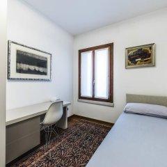 Отель Carmini Palace Canal View Италия, Венеция - отзывы, цены и фото номеров - забронировать отель Carmini Palace Canal View онлайн комната для гостей фото 3