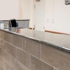 Отель Super 8 by Wyndham Columbus США, Колумбус - отзывы, цены и фото номеров - забронировать отель Super 8 by Wyndham Columbus онлайн интерьер отеля фото 2