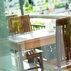 Neo Hotel Pattaya Паттайя бассейн