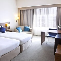 Отель Novotel Dubai Deira City Centre комната для гостей фото 5