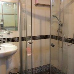 2W Beach Hostel Самуи ванная