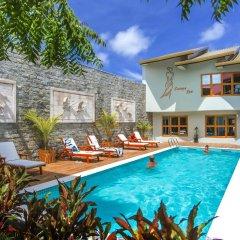 Отель Kaani Village & Spa бассейн фото 3