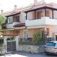 Отель Kripis House Греция, Пефкохори - отзывы, цены и фото номеров - забронировать отель Kripis House онлайн парковка