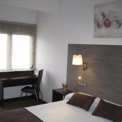Отель Suites A Coruña комната для гостей фото 5