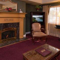 Отель Red Coach Inn США, Ниагара-Фолс - отзывы, цены и фото номеров - забронировать отель Red Coach Inn онлайн интерьер отеля