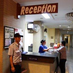 18 Coins Cafe & Hostel интерьер отеля фото 2