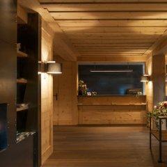 Отель Arc En Ciel Швейцария, Гштад - отзывы, цены и фото номеров - забронировать отель Arc En Ciel онлайн интерьер отеля фото 3
