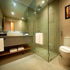 Отель Berjaya Makati Hotel Филиппины, Макати - отзывы, цены и фото номеров - забронировать отель Berjaya Makati Hotel онлайн ванная фото 2