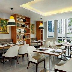 Апартаменты Mayfair, Bangkok - Marriott Executive Apartments питание фото 3