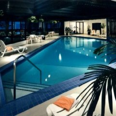 Отель Delta Centre-Ville Канада, Монреаль - отзывы, цены и фото номеров - забронировать отель Delta Centre-Ville онлайн бассейн