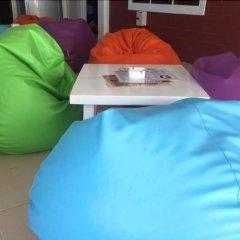 Отель Summer Guesthouse & Hostel Таиланд, Остров Тау - отзывы, цены и фото номеров - забронировать отель Summer Guesthouse & Hostel онлайн бассейн