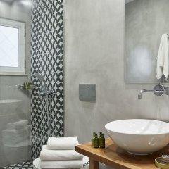 Отель Urban Heights 3BD Apt Греция, Афины - отзывы, цены и фото номеров - забронировать отель Urban Heights 3BD Apt онлайн ванная