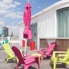 Отель Blanq Carmen Hotel Испания, Валенсия - отзывы, цены и фото номеров - забронировать отель Blanq Carmen Hotel онлайн бассейн