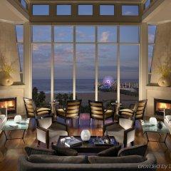 Отель Loews Santa Monica Санта-Моника гостиничный бар