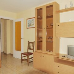 Отель Apartaments AR Borodin Испания, Льорет-де-Мар - отзывы, цены и фото номеров - забронировать отель Apartaments AR Borodin онлайн удобства в номере