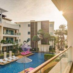 Отель The Pelican Residence & Suite Krabi Таиланд, Талингчан - отзывы, цены и фото номеров - забронировать отель The Pelican Residence & Suite Krabi онлайн балкон