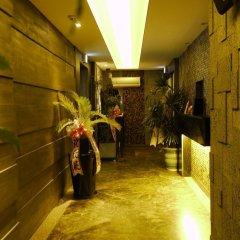 V Hotel интерьер отеля