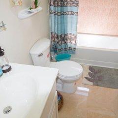 Отель The Bailey's New Kingston Suites ванная